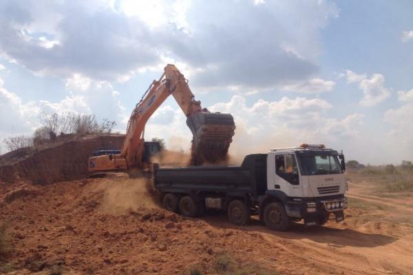 Tipper-Excavator.jpg